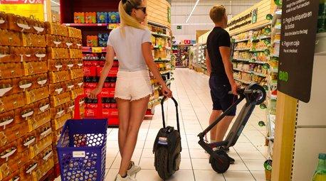 Carrefour permet accedir als seus centres amb vehicles de mobilitat personal