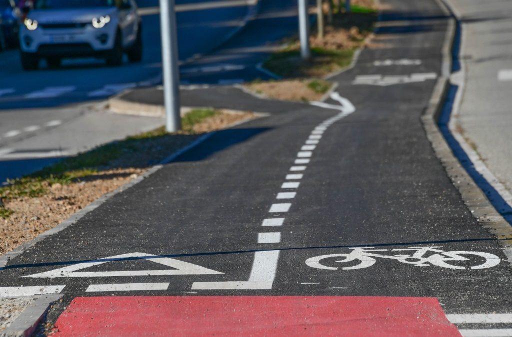 Nous carrils bicis escolars a Sant Cugat